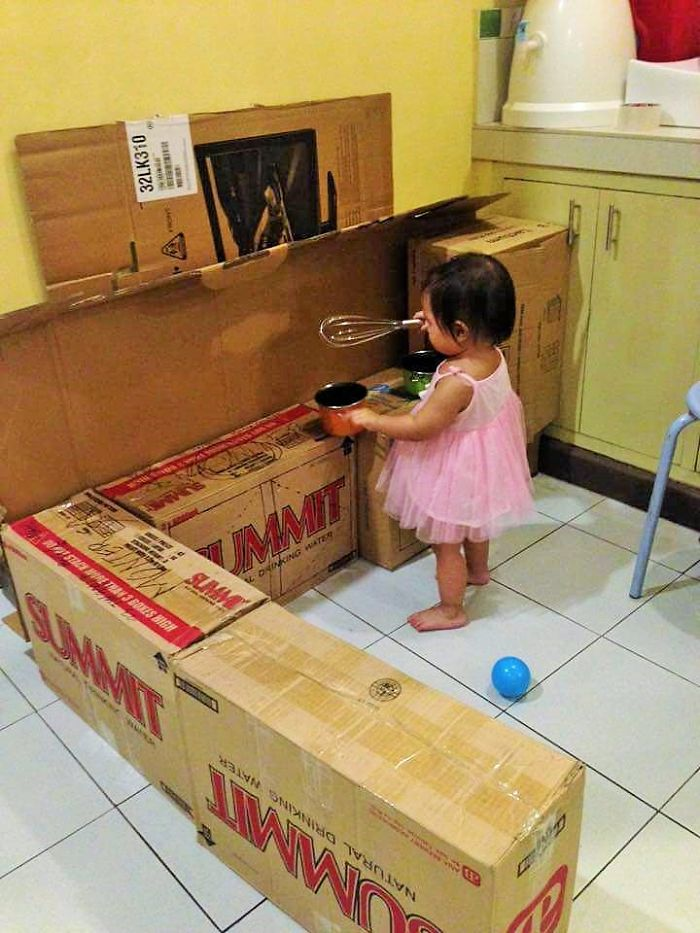 Как сделать мини-кухню из картонных коробок