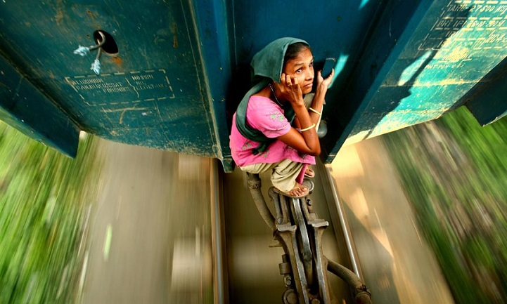 Как жители Бангладеша добираются до работы