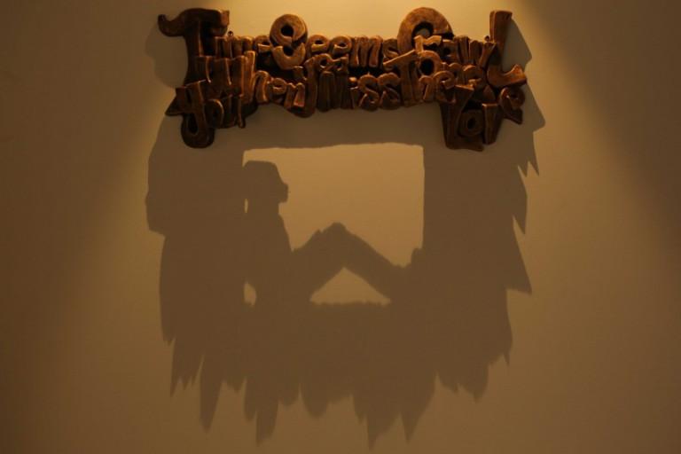 Искусство теней в керамических скульптурах.