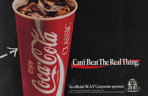 130 лет Кока-Коле: история рекламных плакатов великого бренда