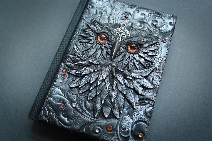 Необыкновенные обложки для книг от Анико Колесниковой