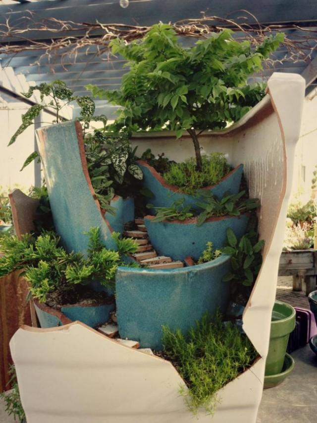 broken-pot-fairy-garden-15
