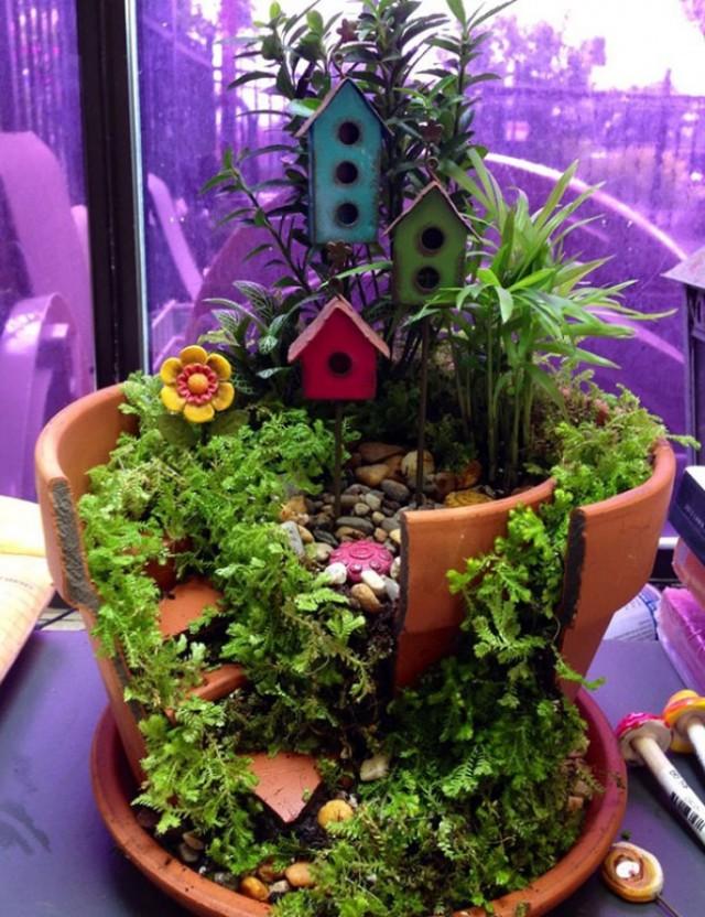 broken-pot-fairy-garden-4