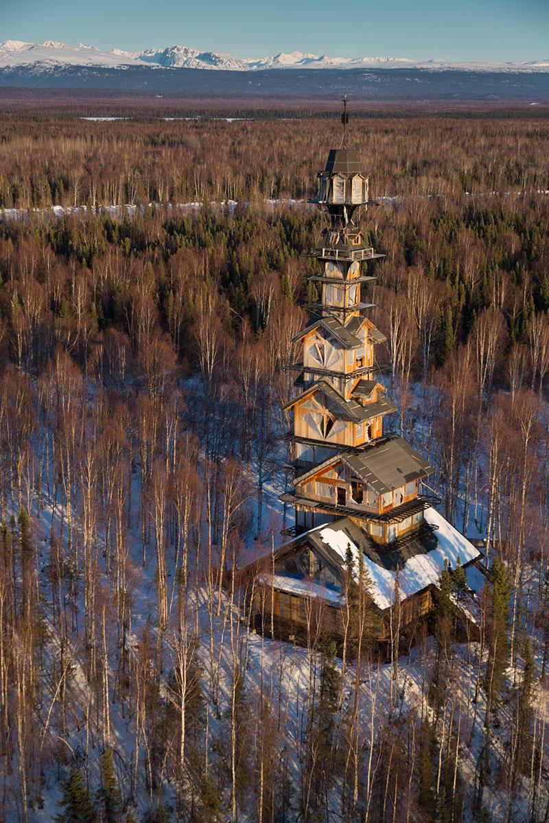 Дом со смотровой башней
