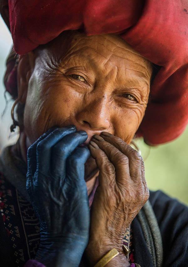 Красота вьетнамских жителей в серии фотографий «Скрытая улыбка».