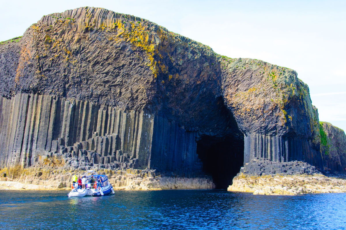 Фингалова пещера на острове Стаффа. Шотландский заповедник