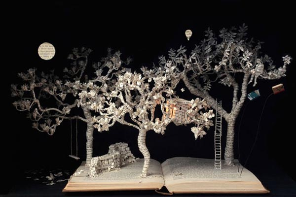 Очаровательные скульптуры из книг от Сью Блеквелл