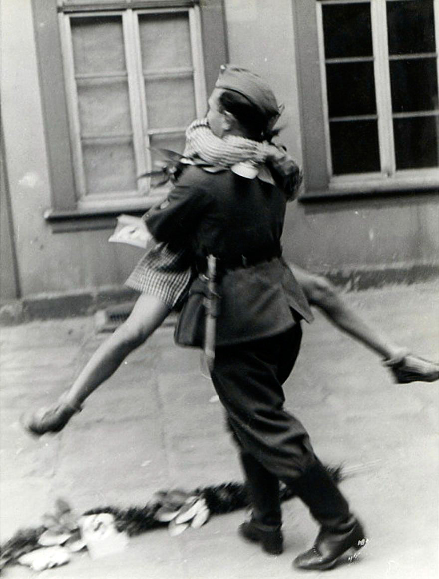 old-photos-vintage-war-love-8