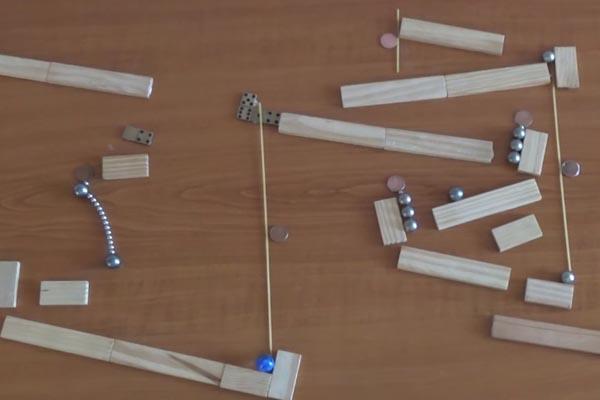 Гениальные машины Голдберга с магнитными и мраморными шариками