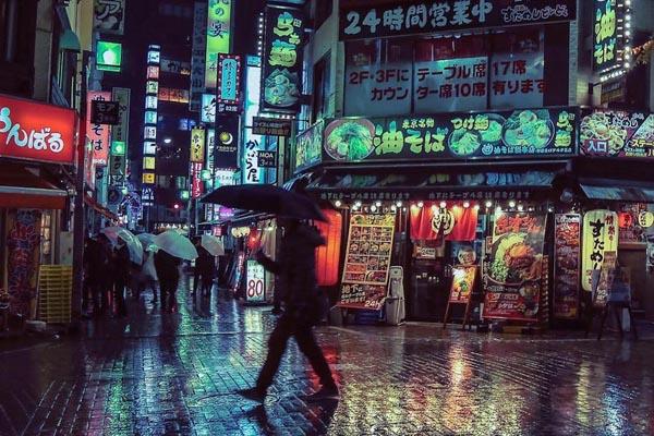 Неоновый Токио в фотографиях Лиама Вонга