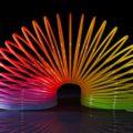 Слинки или пружинка-радуга: история создания