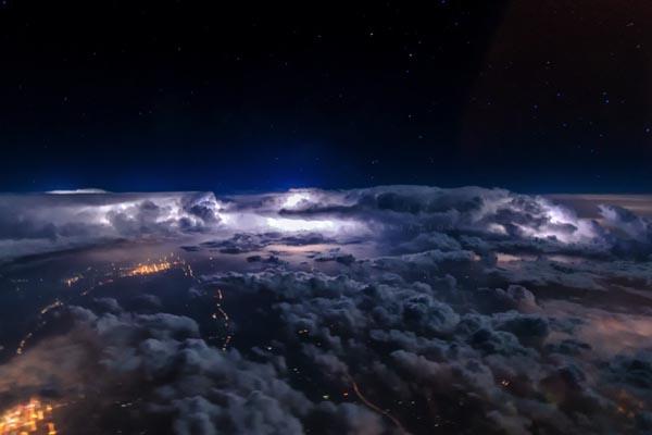 Захватывающие виды из кабины самолёта от дуэта Amazing-Aviation