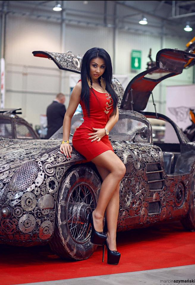 Автомобили из металлолома