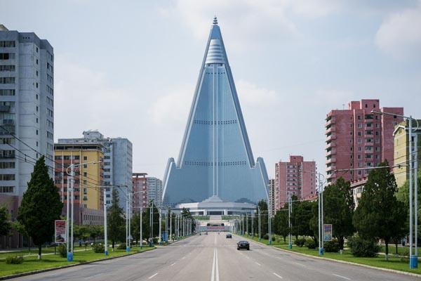 Эксклюзивные фотографии Пхеньяна от Рафаэля Оливьера
