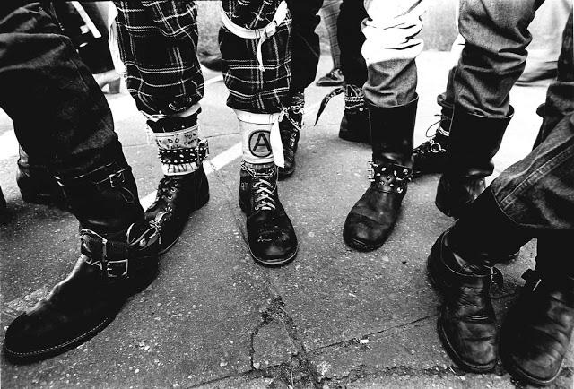 Винтажные фотографии панк-культуры