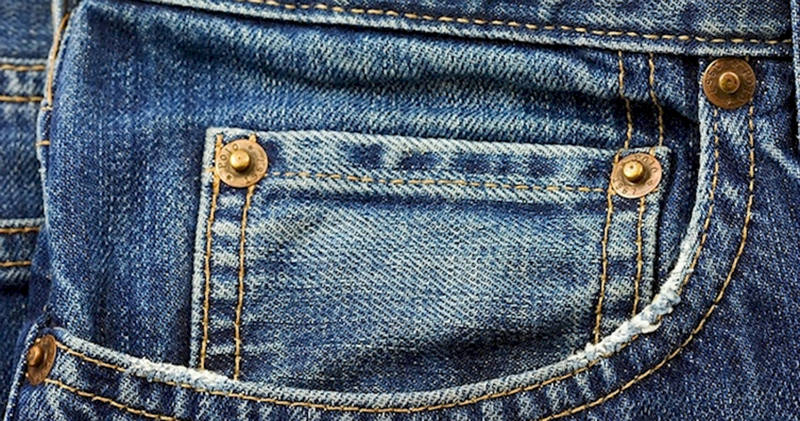Зачем нужны заклёпки на джинсах?