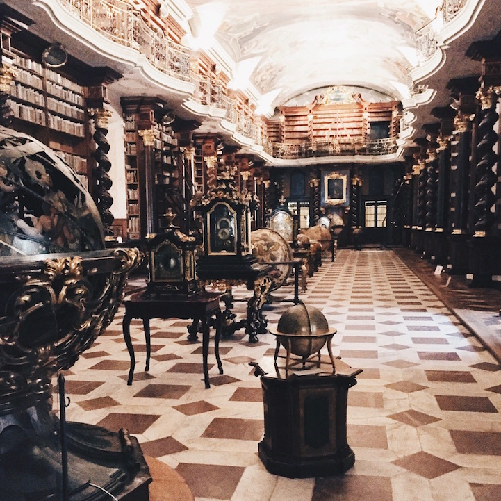 библиотеки мира, Оливьер Мартель Савойе, Olivier Martel Savoie