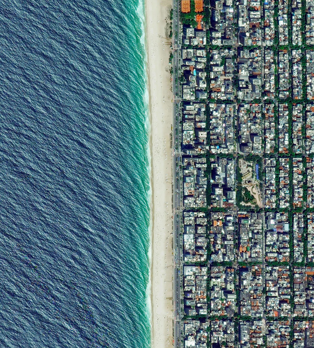 книга Overview, спутниковые снимки Земли, человеческое влияние на планету, Бенджамин Грант, Benjamin Grant