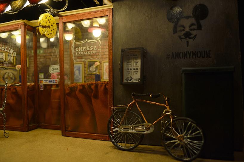 Мини-кафе на улице шведского города Мальмё