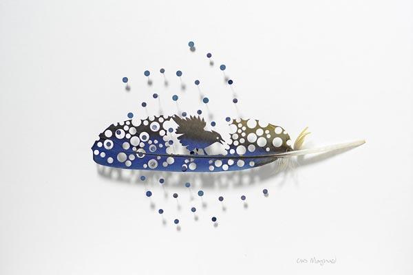 Воздушные произведения из перьев от Криса Мэйнарда