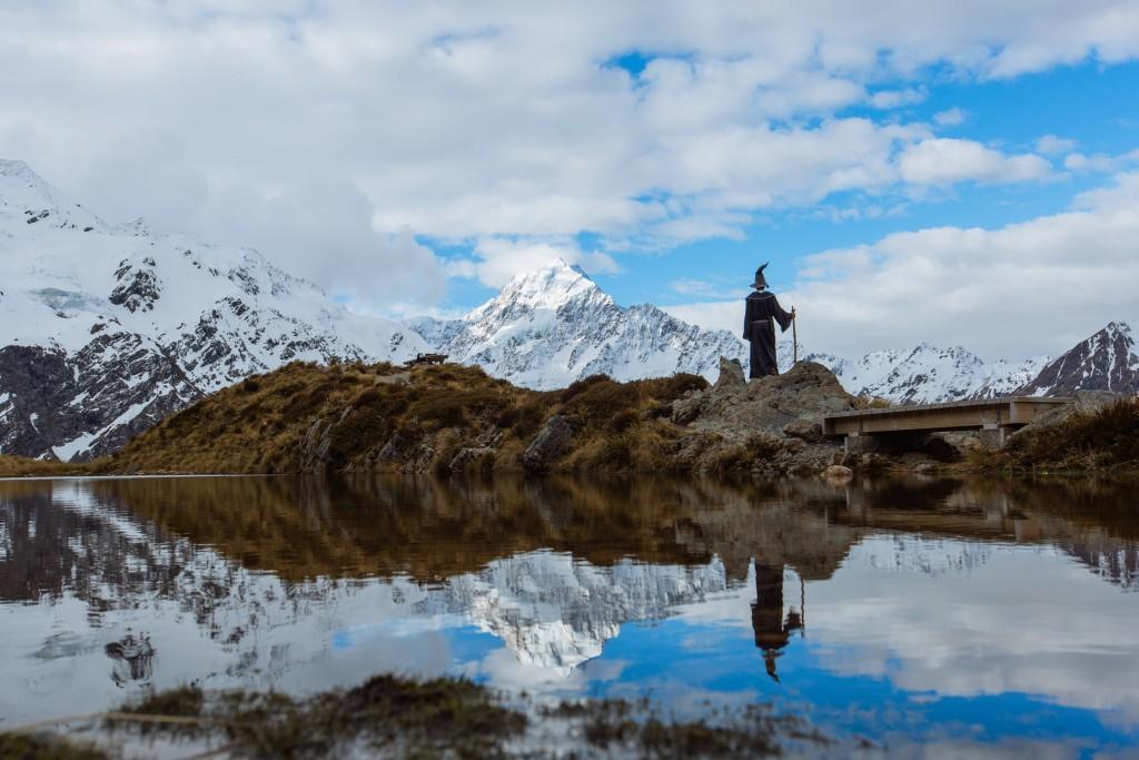 Властелин колец, путешествие по Новой Зеландии в костюме Гендальфа, Акил Сухас, Akhil Suhas