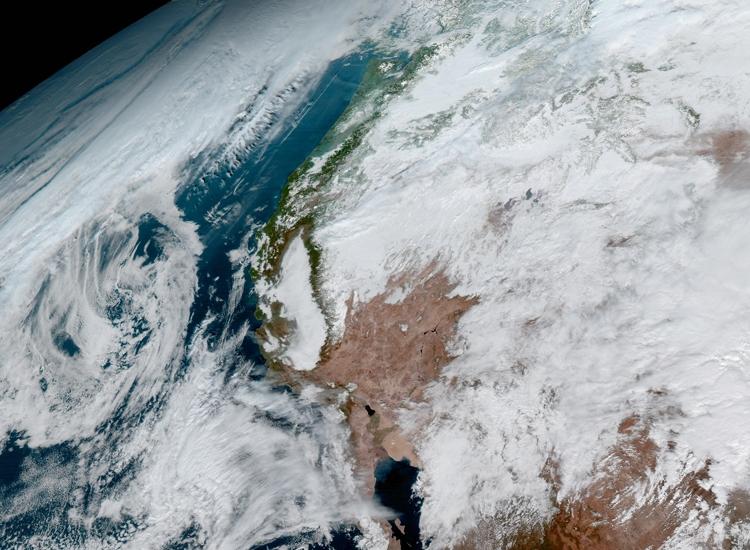 изображения со спутника GOES-16
