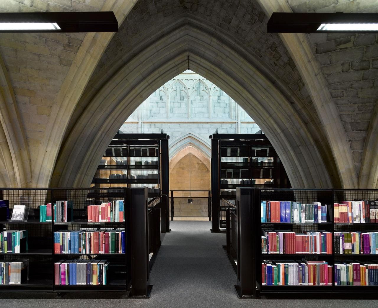Интересные книжные магазины мира