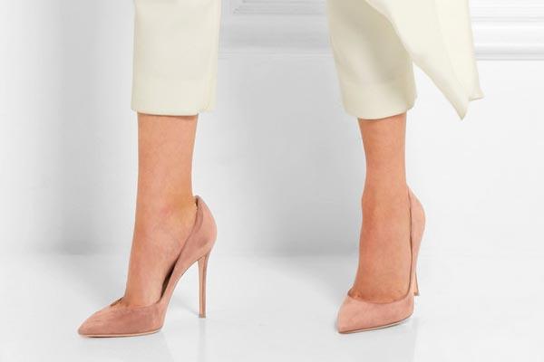 7 продуктов, которые облегчат носку высоких каблуков