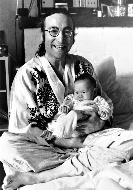 Джон Леннон и Шон Леннон, 1975
