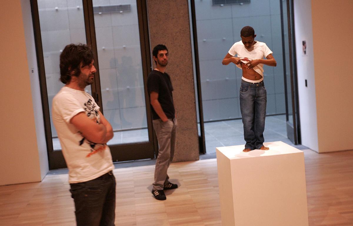 гиперреалистичные скульптуры, Рон Мьюек, Ron Mueck