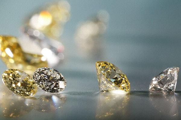 20 дивных фактов о драгоценных камнях