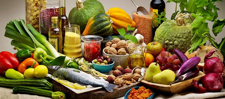 Натюрморт из продуктов питания