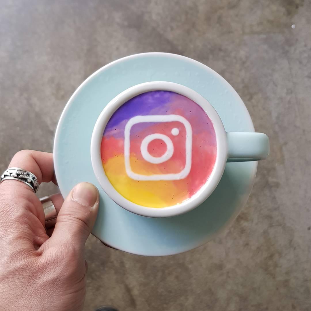 Картины на кофейной пене