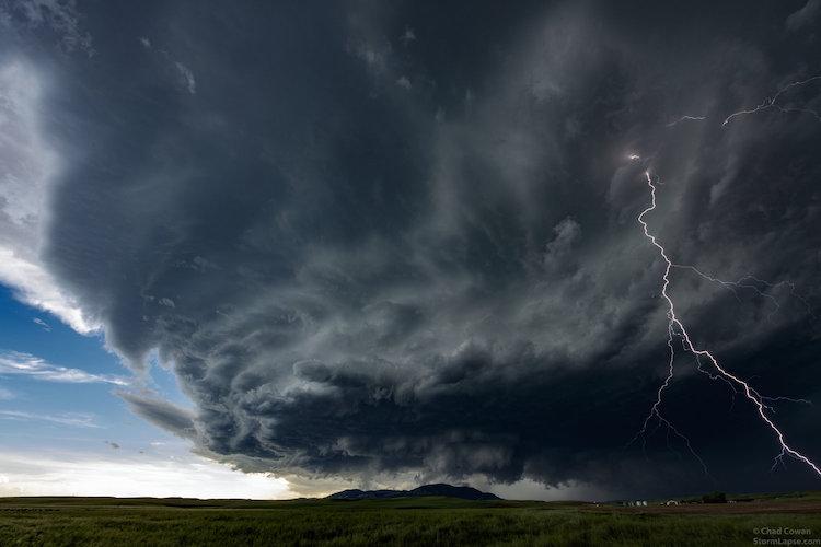 Буря и молния