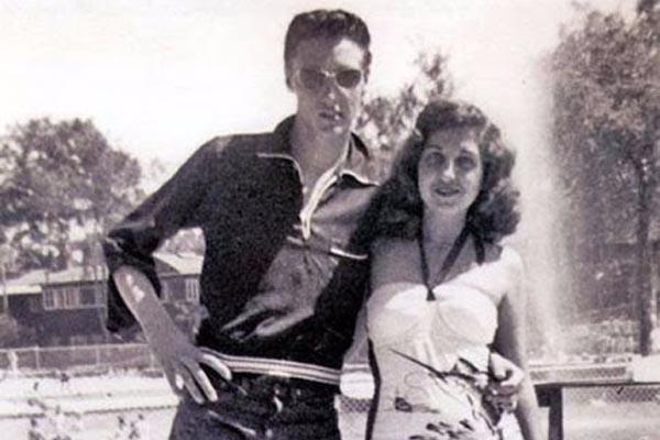 Фотографии Элвиса Пресли в 1950-х годах