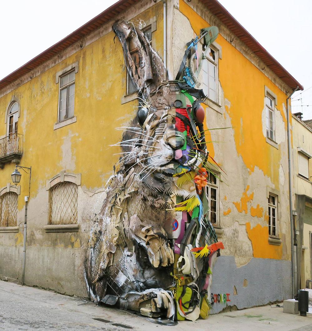Стрит-арт от Bordalo II на тему загрязнения