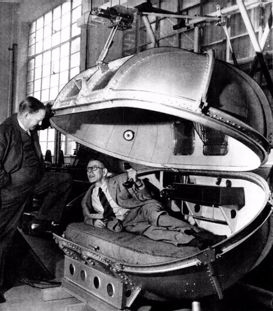 Капсула Уинстона Черчилля,поддерживающая давление при перелётах