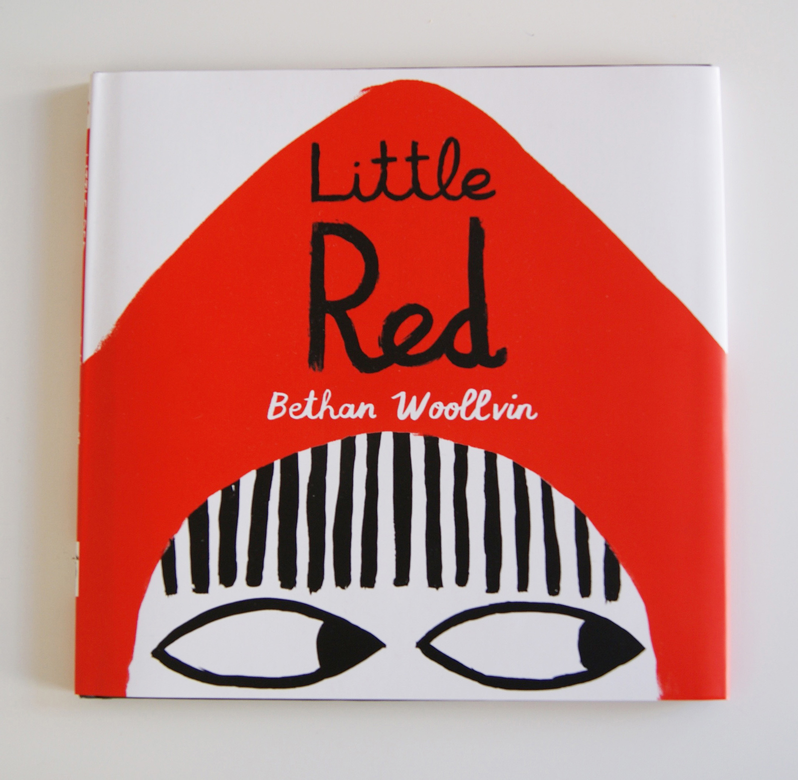 Победитель в номинации «Детские книги» в категории «Новый талант» -BethanWoollvin