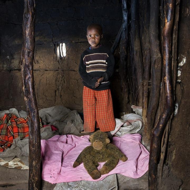 Дети со всего мира и их игрушки в проекте Габриэля Галимберти