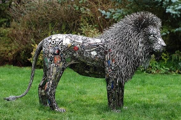 Скульптуры из металлолома. Автор Брайан Мок