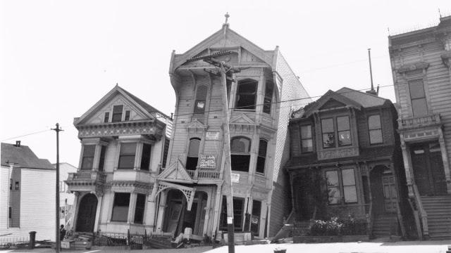 Здания, поврежденные землетрясением в Сан-Франциско, США, 1906 год