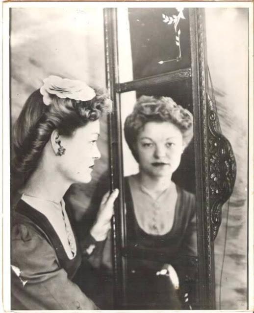 Автопортрет женщины, 1940-е года