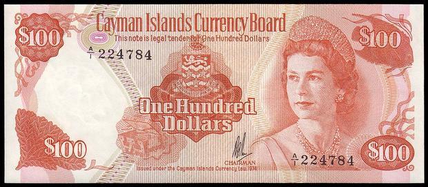 100 долларов Каймановых Островов, возраст 34 года
