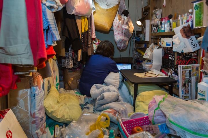 Крошечные токийские жилища в фотопроекте Вон Кима