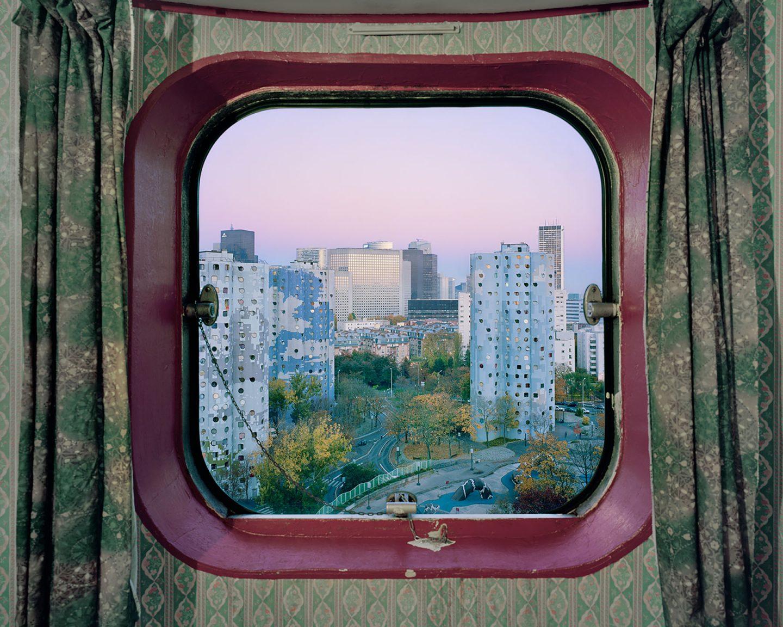 Les Tours Aillaud: футуристические особенности парижской архитектуры