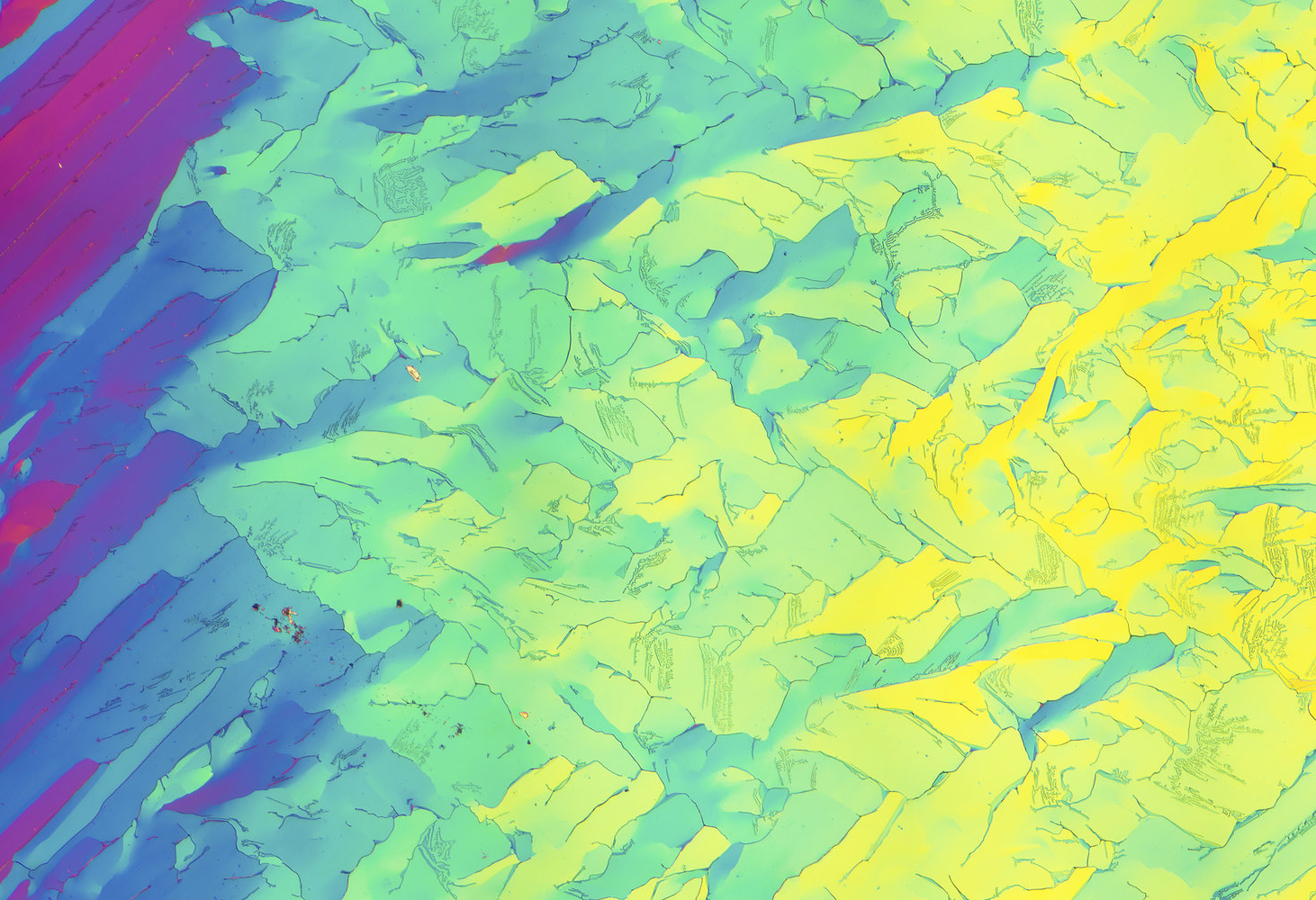 Нафталин под микроскопом
