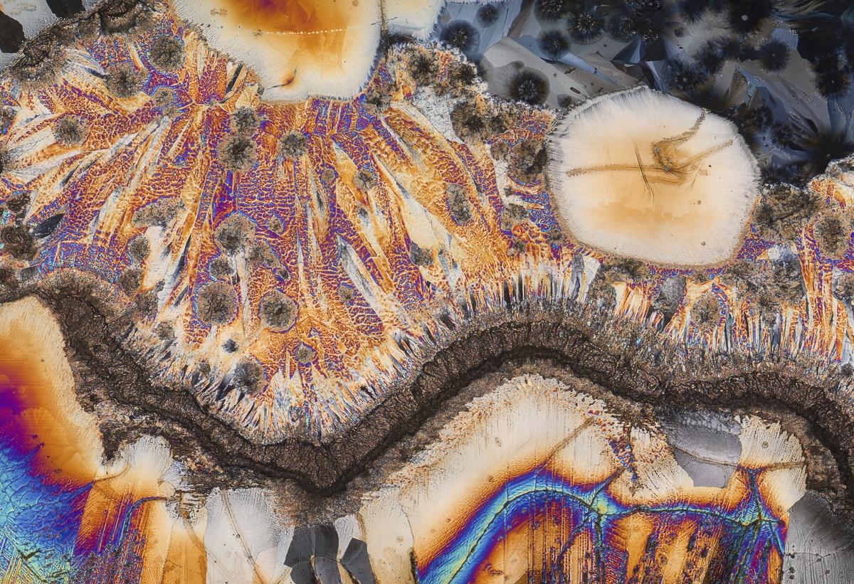 Сульфат магния под микроскопом