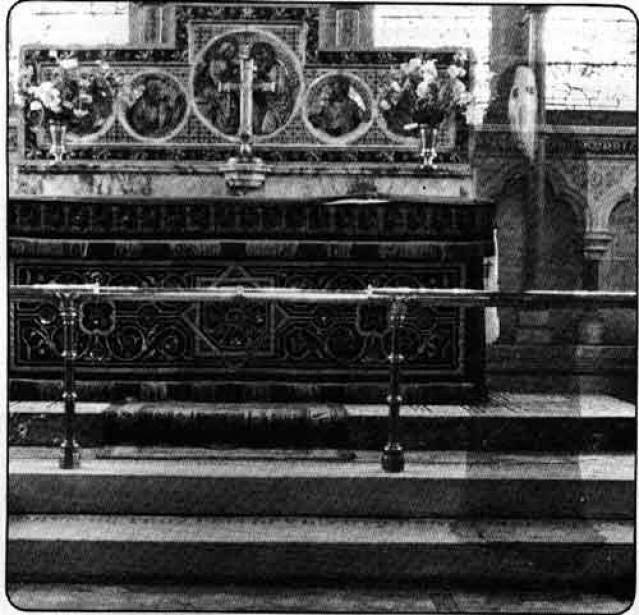 Призрак в церкви Ньюби