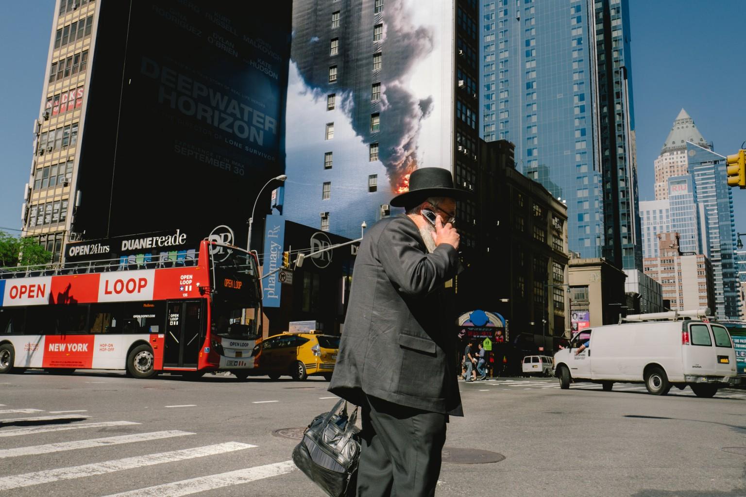 Интересные визуальные совпадения в фотографиях Джонатан Хигби