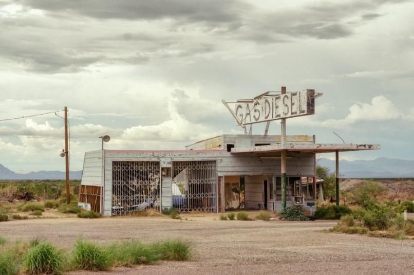 Шоссе 66: заброшенные придорожные локации в фотографиях Ральфа Грэфа